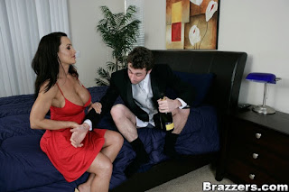 Lisa Ann : Convincing the Groom at his Wedding ## BRAZZERS p6rsavp136.jpg