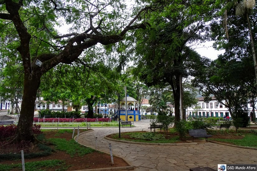 Praça Gomes Freire  - Roteiro 1 dia em Mariana, Minas Gerais