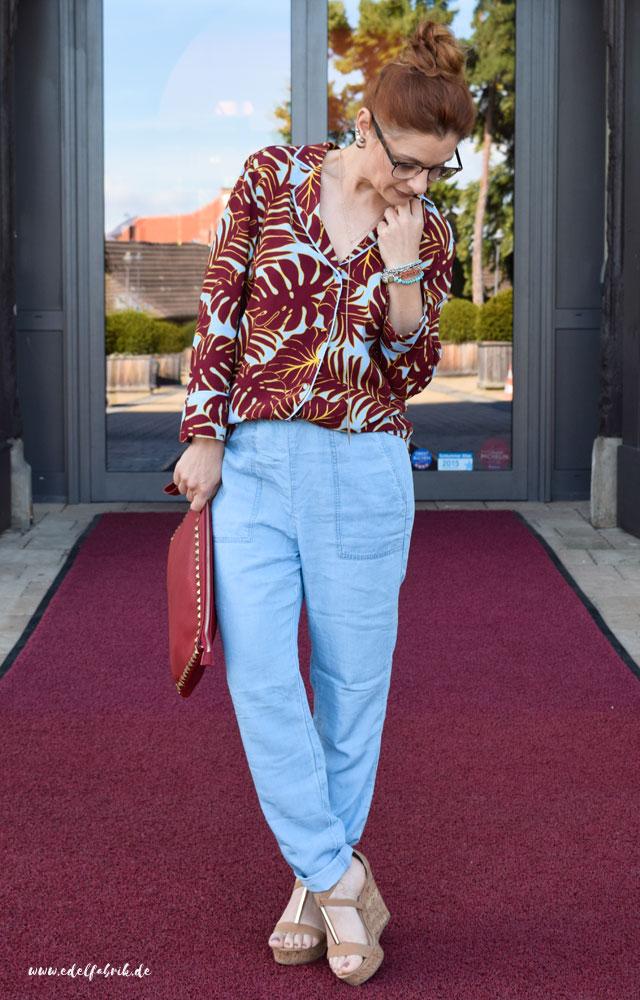 die edelfabrik, Pyjamabluse von H&M, Palmenprint, Rot und Blau