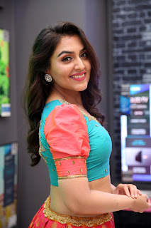 2018 Sep Ananya Soni at Bajaj Electronics8