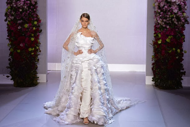 Eyes On Party: Will Custom-made Wedding Dresses Be Hot In