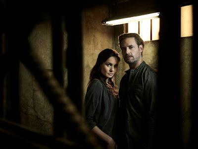 Colony Season 2 Sarah Wayne Callies and Josh Holloway (7)