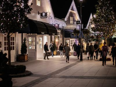 Citywest Hotel Kildare Village Shopping Package Fr 119 Deals Of