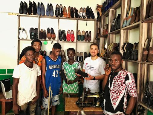 Christian Karnau im Einsatz in Ghana – Aus Alt mach Neu