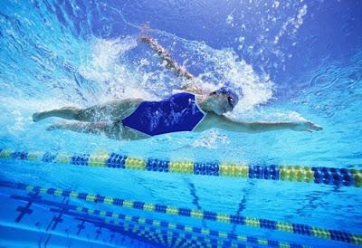 1. ว่ายน้ำ