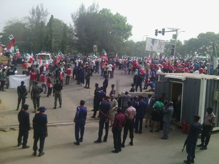 Fuel price: Partial strike in Enugu as schools, banks remain open