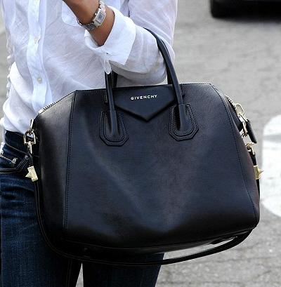 359bffbadad1 Bag Lust  The Givenchy Antigona