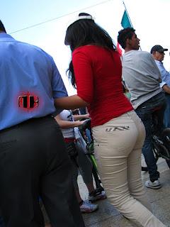 mujeres-pantalon-pegado