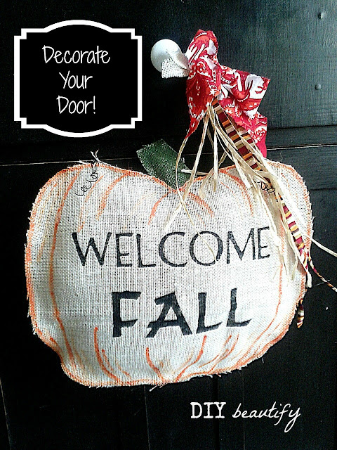 Fall Burlap door hanging www.diybeautify.com