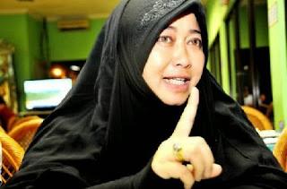 Data dan Fakta; Dedengkot Syiah Indonesia Emilia Renita Nyatakan Sahabat Nabi saw Murtad