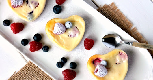Mini Berry Cheesecake Hearts