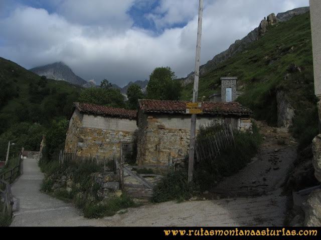 Ruta Peña Cerreos y Ubiña Pequeña: Depósito del agua