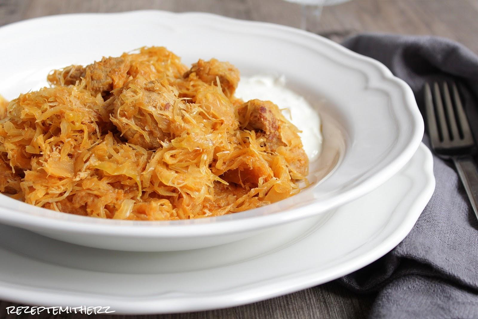 Rezepte mit herz szegediner gulasch seelenw rmer f r for Gewurze fur gulasch