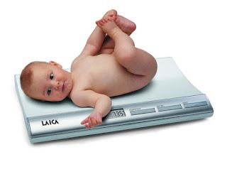 Cara Mengetahui  Berat Badan Ideal Bayi