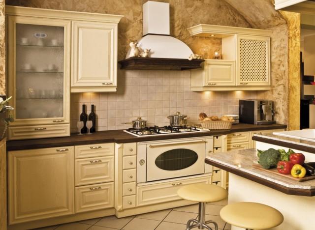 Дизайн кухни из дерева