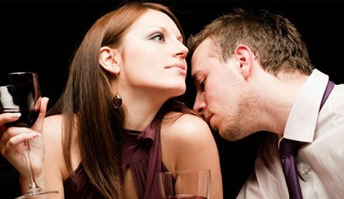Erkeklerin Kadınlarda Hoşuna Gittiği Kokular