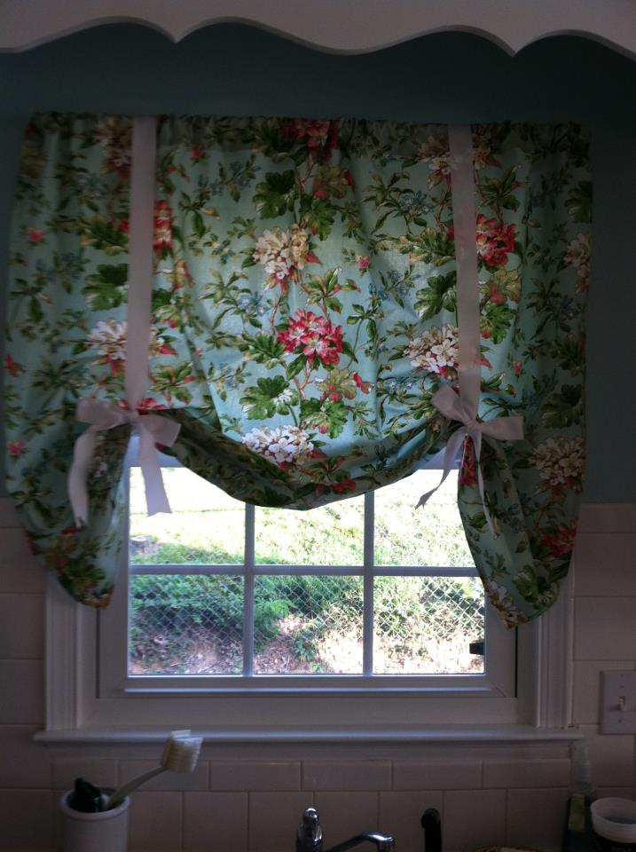 Faith Family And Friends Diy Kitchen Curtains