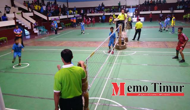 Pertandingan sepak takraw di Lumajang