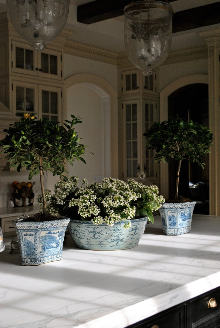Chinoiserie Chic Blue And White Chinese Planters