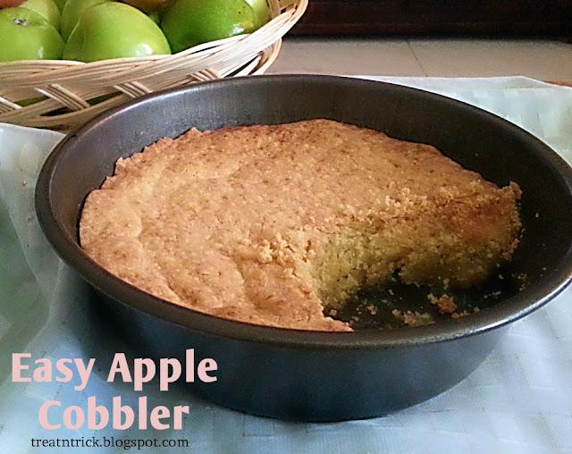 Easy Apple Cobbler Recipe @ treatntrick.blogspot.com