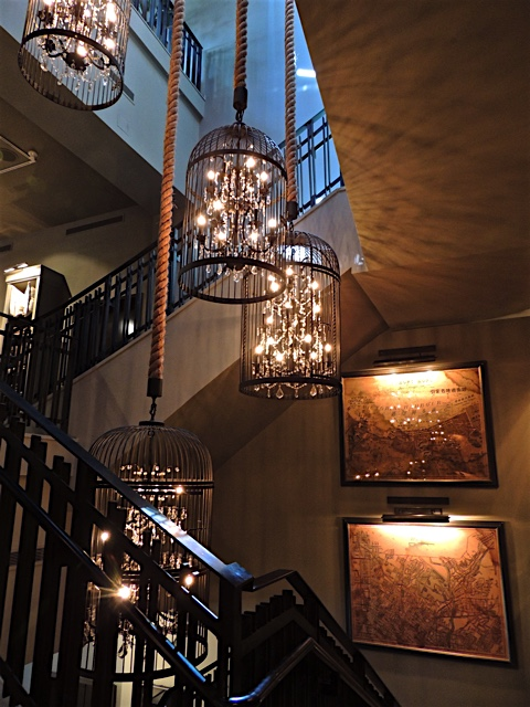 It looks like Restoration Hardware has changed their business focus and is now into some serious decorating. & Phoenix Daily Photo: Surprising Retail Encounter