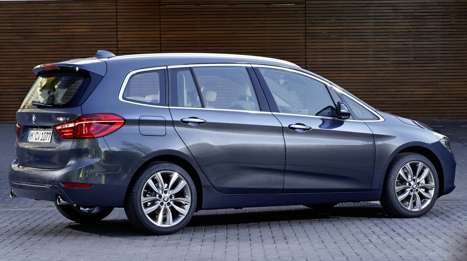 bmw s rie 2 gran tourer fotos v deo e especifica es car blog br. Black Bedroom Furniture Sets. Home Design Ideas