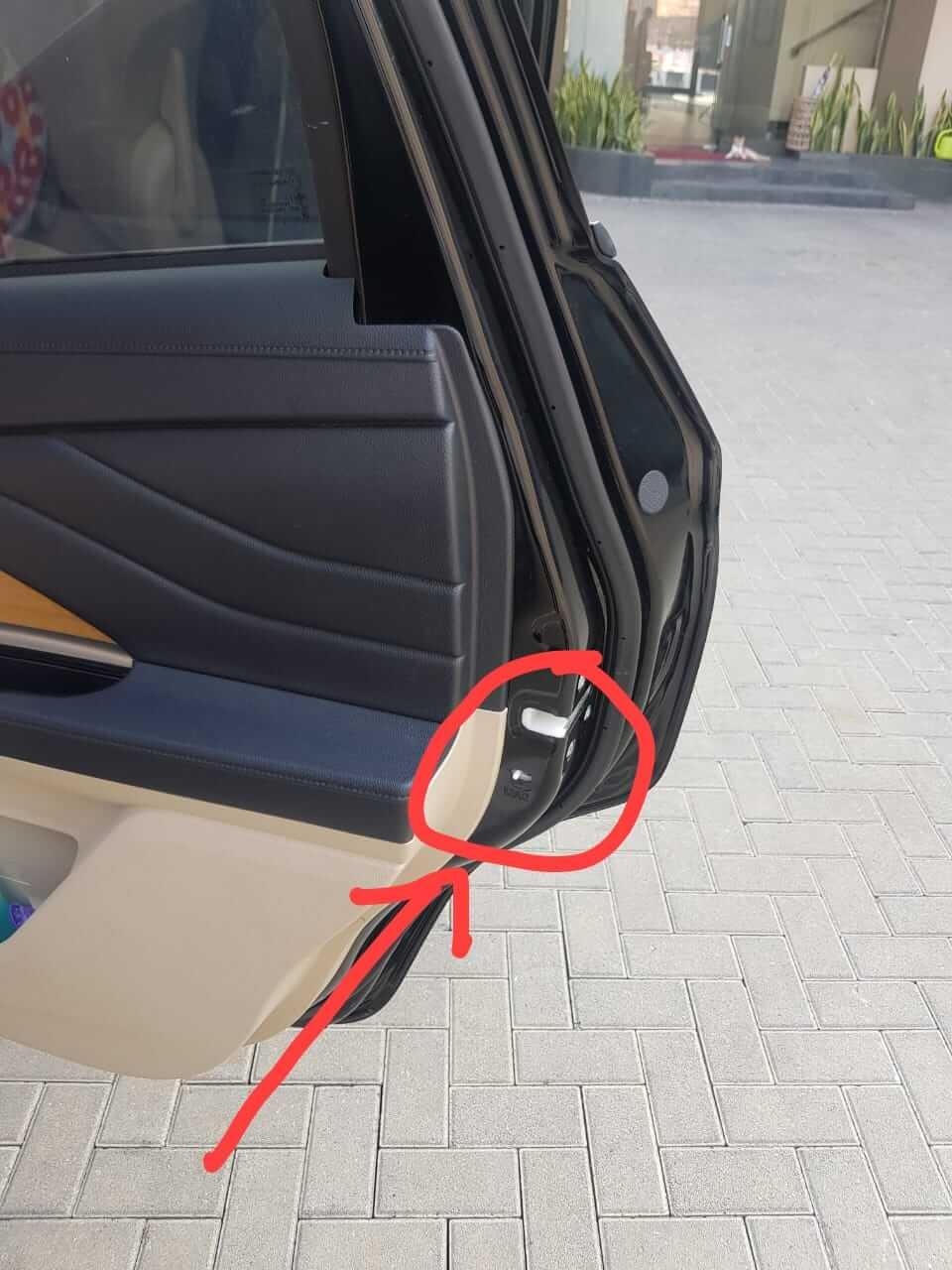 switch safety pintu mobil Xpander