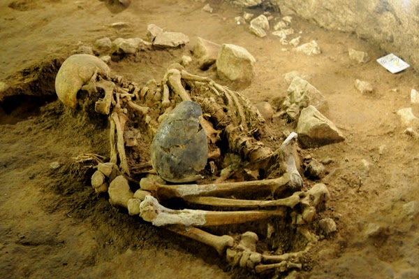 6,400 year-old burials found in Spanish cave