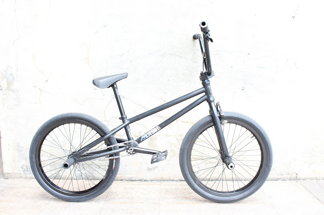 http://flathub.blogspot.com/2015/08/satoshi-ojima-km4ks-bike-check.html