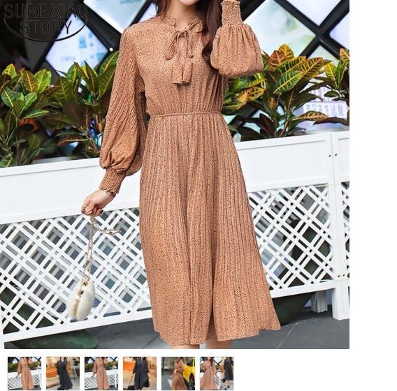 Major Clearance Sale - Second Hand Vintage Clothing Online - Souvenir Shop For Sale