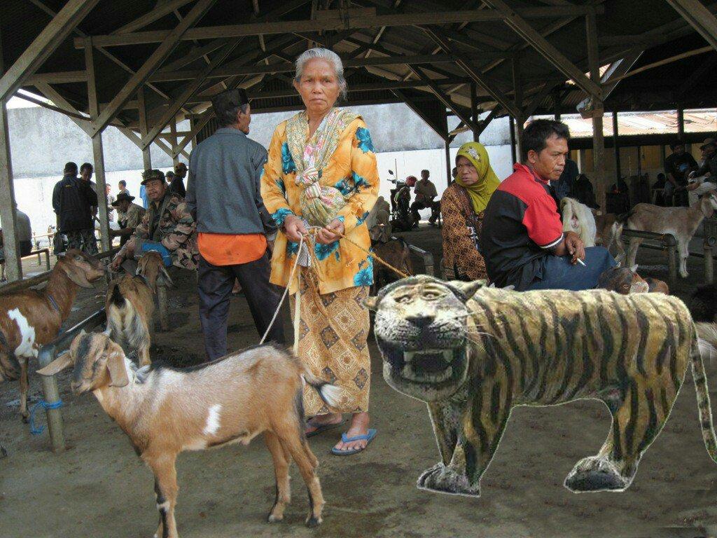 10 Meme Patung Macan Koramil Ini Bikin Ngakak Terpingkal