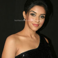 Asin in black dress photos