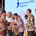 Herman Deru Terima Penghargaan Pembangunan Daerah (P2D) Tahun 2019 dari Presiden RI