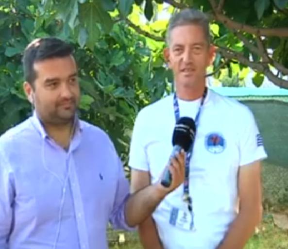 Μέλος της Ελληνικής Ομάδας Διάσωσης, έσωσε 2χρονο αγοράκι από βέβαιο θάνατο (βίντεο)