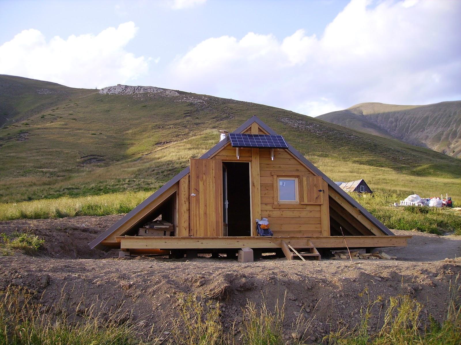 cerpam alpes de haute provence toujours autant de chantiers de cabanes pastorales. Black Bedroom Furniture Sets. Home Design Ideas
