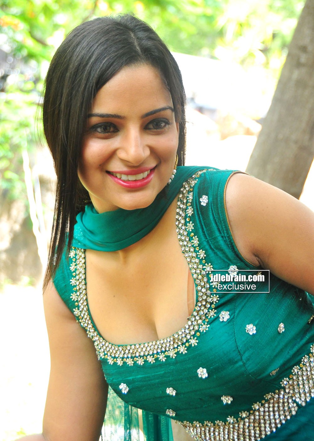 Indian actress hot masala photos - Punjabi desi pic ...