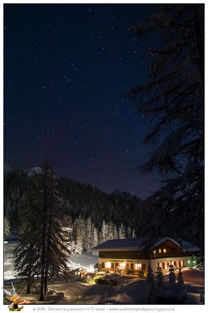 Rifugio-croda-rossa-val-pusteria-inverno-cielo-stellato