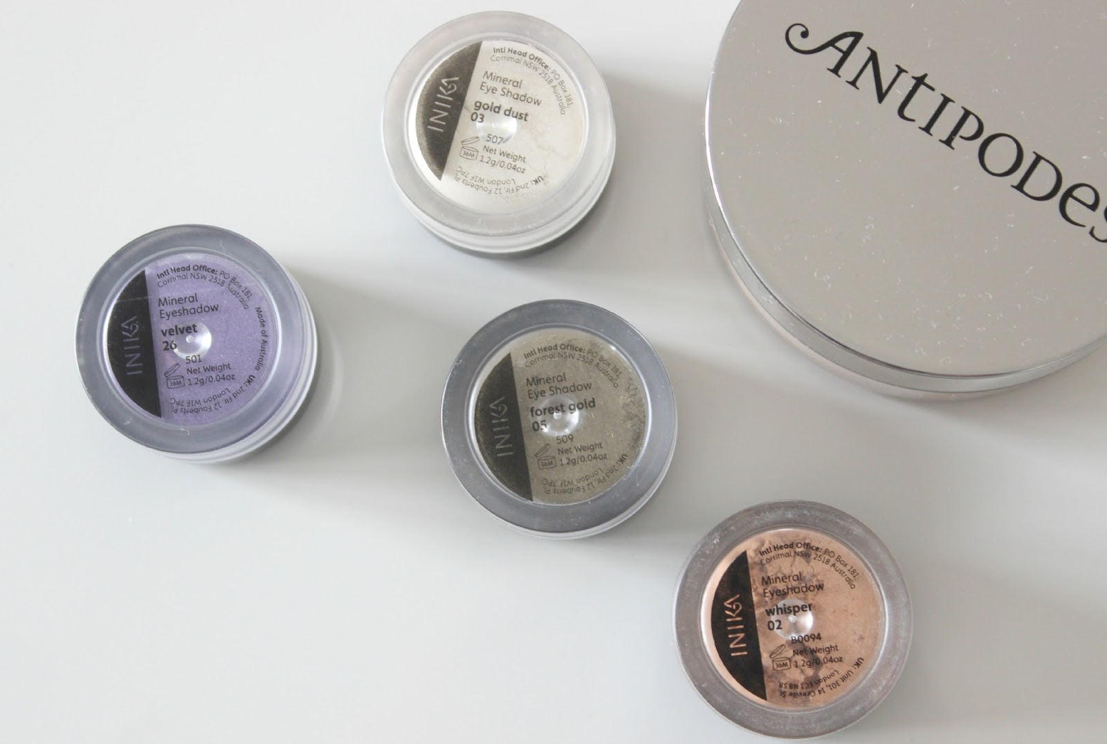 A picture of Inika Mineral Eyeshadows