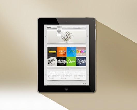 iPad Retina Mockup Template