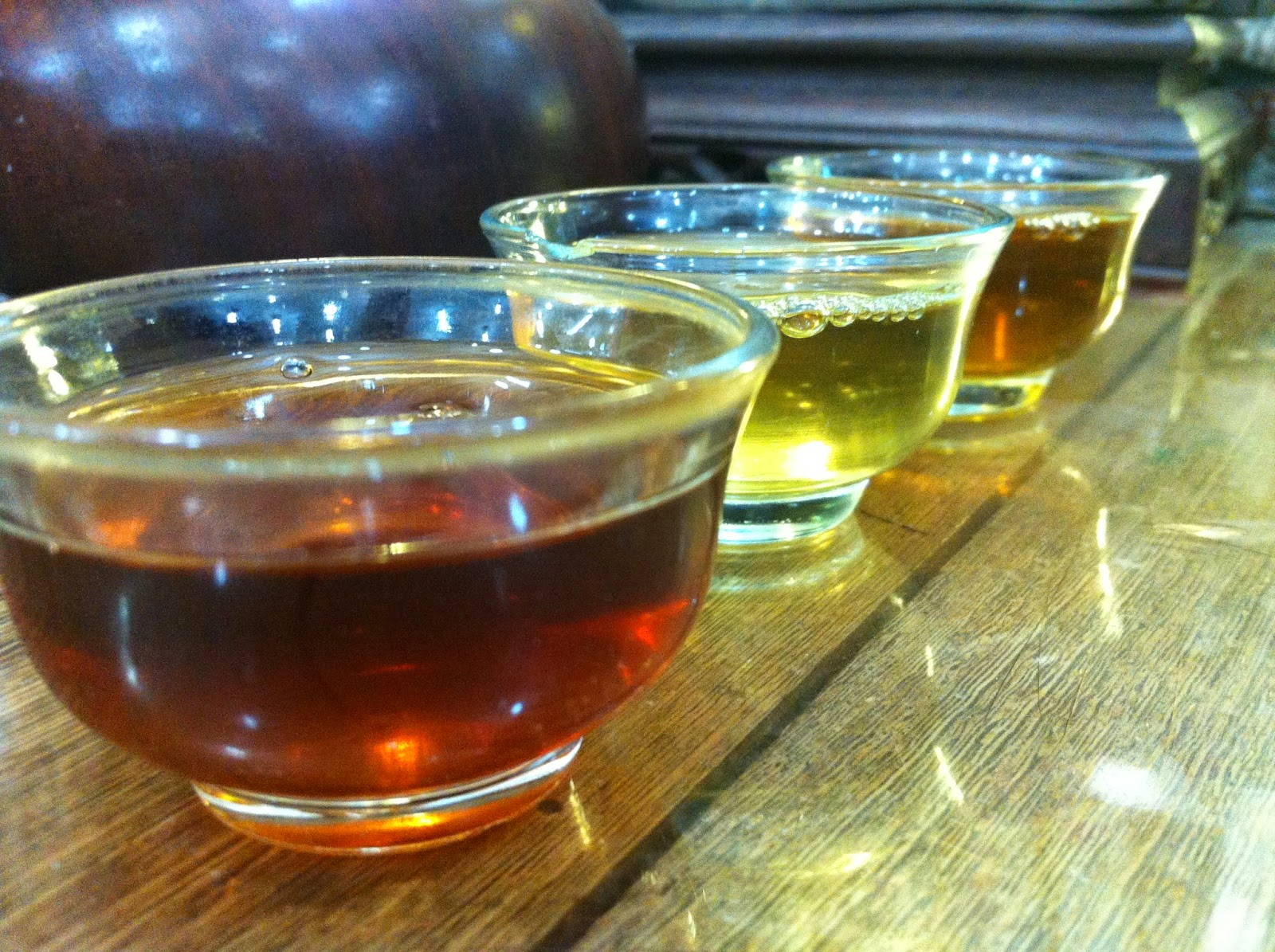 Different teas for a tasting