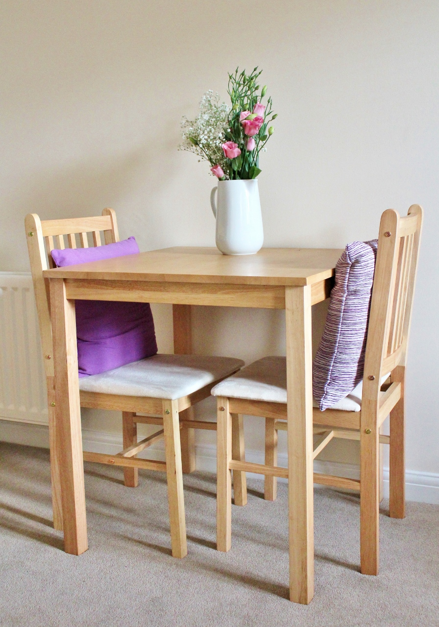 Flatpack table and chairs