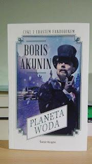 Planeta-Woda-Borsi-Akunin