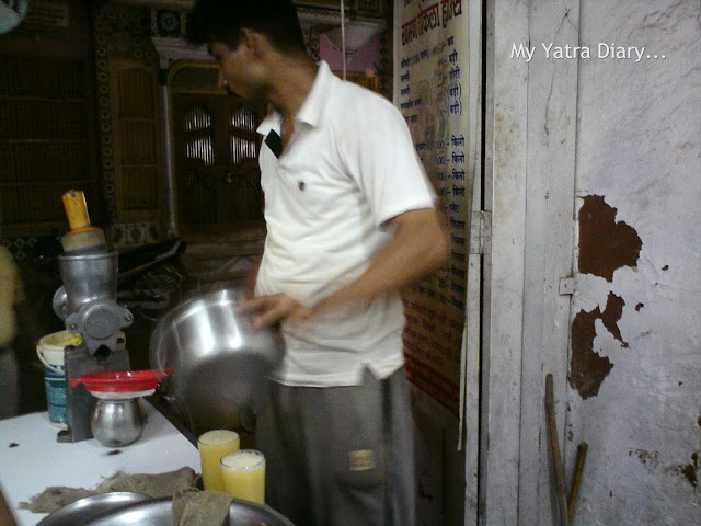 Juice glasses in Mathura