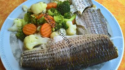 Ryba w jarzynach na parze