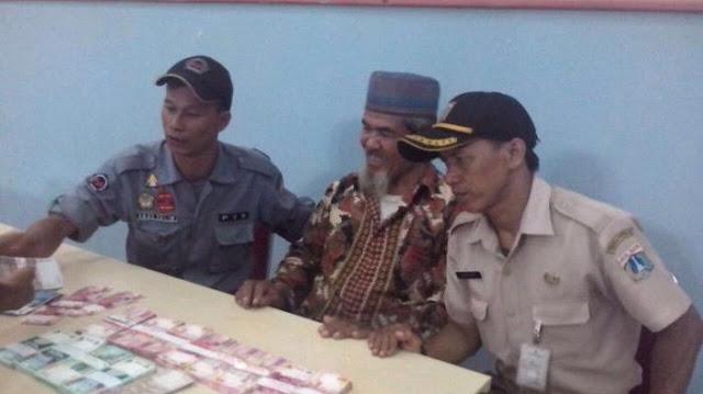 Mengemis Jadi Profesi: Muklis Raup Rp 90 Juta Ngemis di Flyover Kebayoran Lama