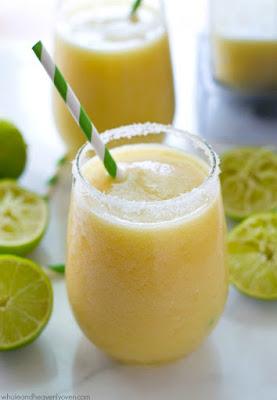 Tropical Pineapple Margarita Slushies #drink #tropicalpineapple #dessert
