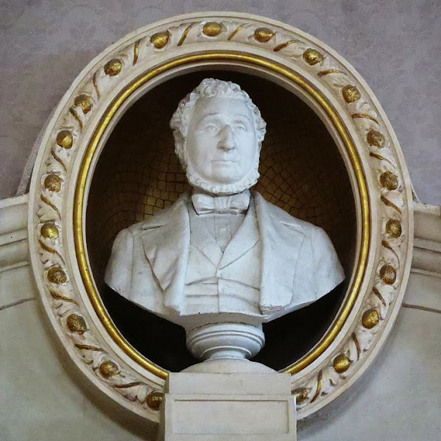 Bust of Francesco Bonaini, Town Hall, Livorno