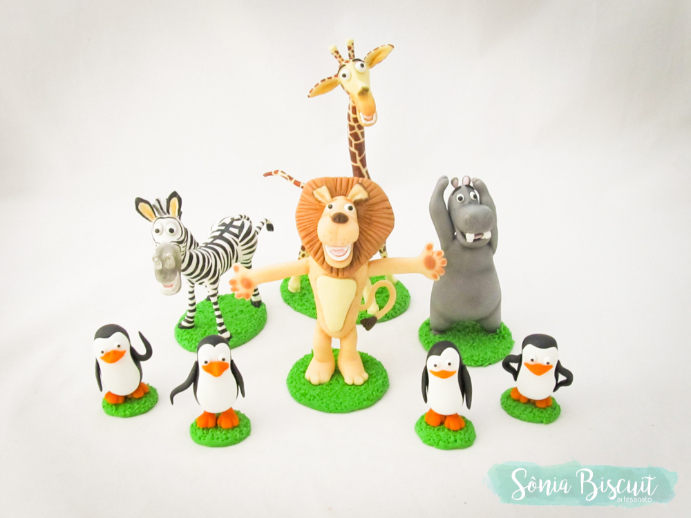 Bolo Cenográfico Madagascar Biscuit Pinguins Gloria Alex Melman Marty Hipopotamo Leao Zebra Girafa