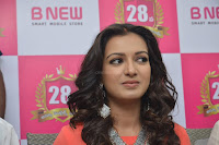 Catherine Tresa in Orange Kurti top and Plazzo at Launches B New MobileStore at Kurnool 10.08.2017 016.JPG