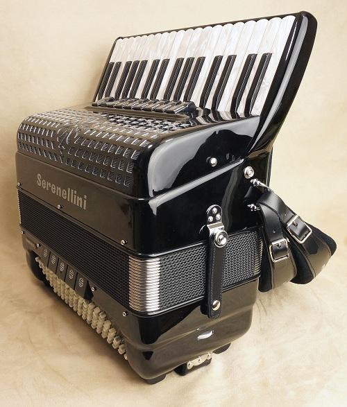 cuanto cuesta una acordeon con cassoto doble